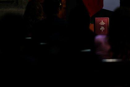 CIUDAD DE MÉXICO, 01SEPTIEMBRE2020.- Andrés Manuel López Obrador, presidente de México, acompañado de su esposa Beatriz Gutiérrez Müllerrindió su segundo informe de gobierno ante secretarios, secretarias y empresarios, en las inmediaciones del Patio de Honor de Palacio Nacional.FOTO: GALO CAÑAS /CUARTOSCURO.COM