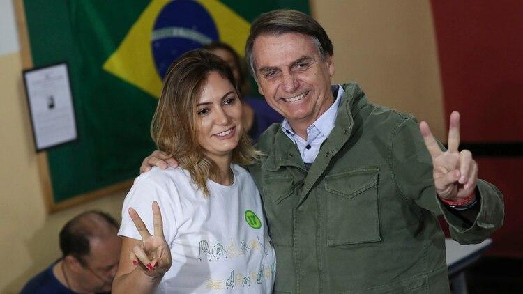 Jair y Michelle Bolsonaro (AFP)
