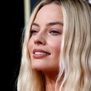 FILE PHOTO: 77th Golden Globe Awards - Arrivals - Beverly Hills, California, U.S., January 5, 2020 - Margot Robbie. REUTERS/Mario Anzuoni/File Photo
