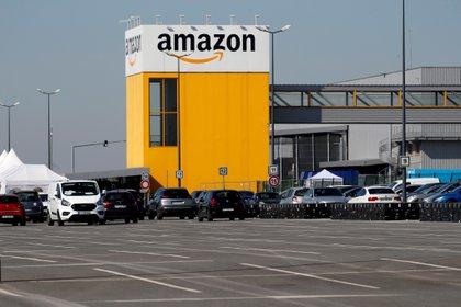 Un centro de distribución de Amazon en Francia. Foto: REUTERS/Pascal Rossignol