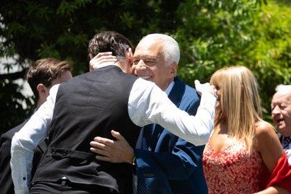 Alberto Cormillot, feliz en su casamiento