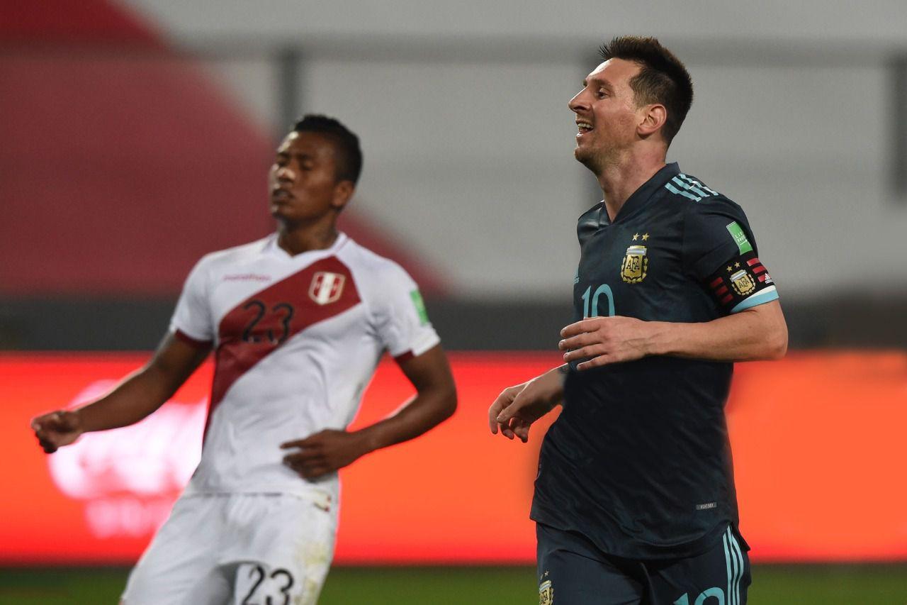 La última vez que se enfrentaron la Selección Argentina venció 2-0. (Foto: Conmebol).