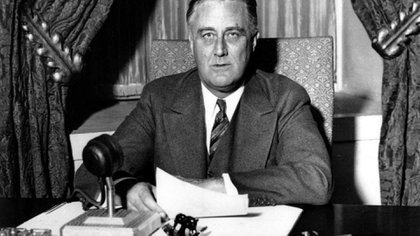 El presidente Roosevelt navegó las aguas turbulentas de la Gran Depresión
