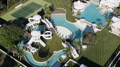 La mansión con parque acuático que tuvo Celine Dion en la Florida.