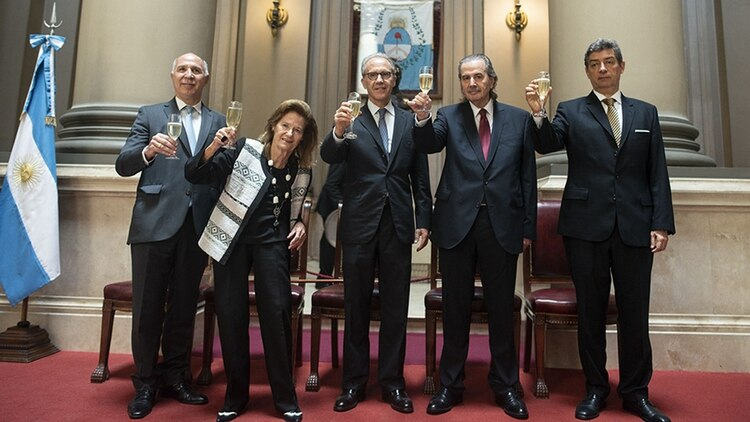 Los integrantes de la Corte Suprema de Justicia (cij)