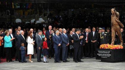 El día en que se inauguró la estatua de Néstor Kirchner en Ecuador  (Télam)