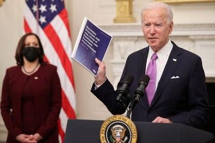El presidente de Estados Unidos, Joe Biden, al exponer sobre sus planes frente al coronavirus