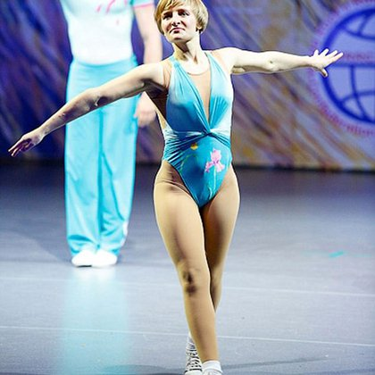 Katerina Tijonova es una bailarina acrobática y ejecutiva rusa