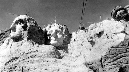 En esta obra trabajaron 400 hombre que debieron remover 400.000 toneladas de roca (Shutterstock)