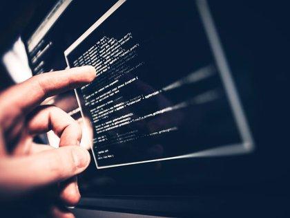 Actualemente, la cyberserguridad junto a la informática, se se convirtieron en una fuente inagotable de trabajo y en uno de los puestos más solicitados por las empresas (shutterstock)