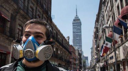 Estudios científicos demuestran que la calidad del aire incide directamente en los contagios de COVID-19 (Foto: Mario Jasso / Cuartoscuro)