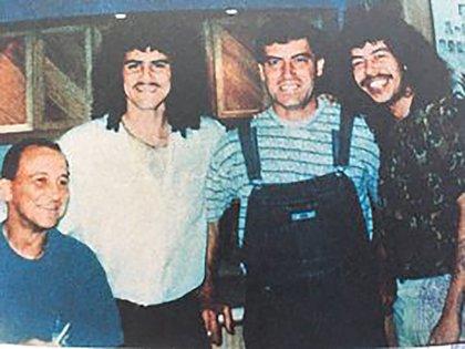 Visitas de personalidades a La Catedral, entre ellas los futbolistas Leonel Álvarez (segundo) y René Higuita (último).
