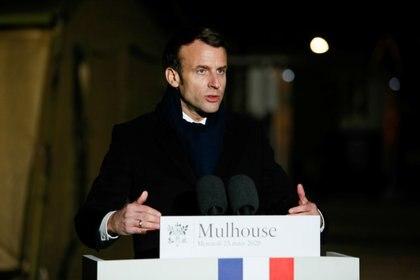"""Emmanuel Macron anunció la puesta en marcha de una nueva operación militar, bautizada """"Resilience"""" (Resiliencia) (Cugnot Mathieu/Pool via REUTERS)"""