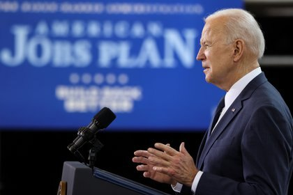 Biden presentó su plan de infraestructura (REUTERS/Jonathan Ernst)