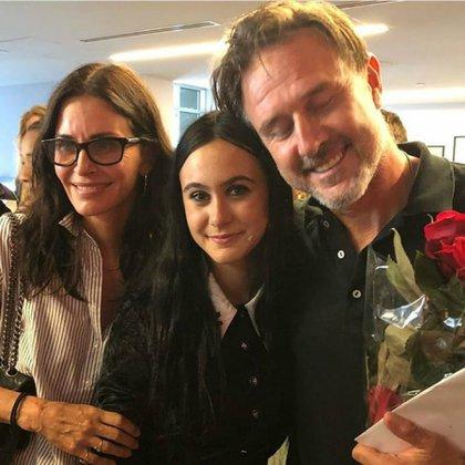 Cox con su hija Coco y David Arquette
