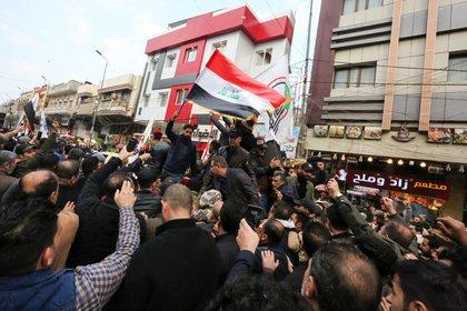 El martes, el cuerpo de Soleimaini será enterrado en su provincia natal de Kerman (SABAH ARAR / AFP)