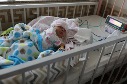 El equipo médico que sigue el caso de este bebé considera que la mujer le transmitió todos sus anticuerpos REUTERS