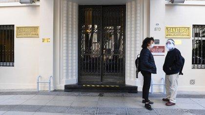 El funcionario permanece internado en el Sanatorio Otamendi