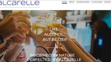 """""""Es como el alcohol pero mejor"""", así se promociona Alcarelle, la bebida que quiere revolucionar el mundo de los licores."""