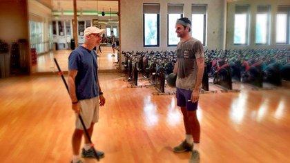 Roger Federer trabajó intensamente estos meses para ponerse en forma. Y de eso se encarga Pierre Paganini, su preparador físico / @ATPTOUR_ES
