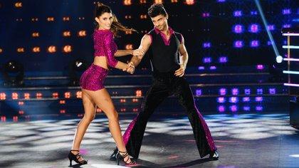 """Lola Latorre y Facundo Insúa bailaron el tema """"Get lucky"""" (LaFlia)"""