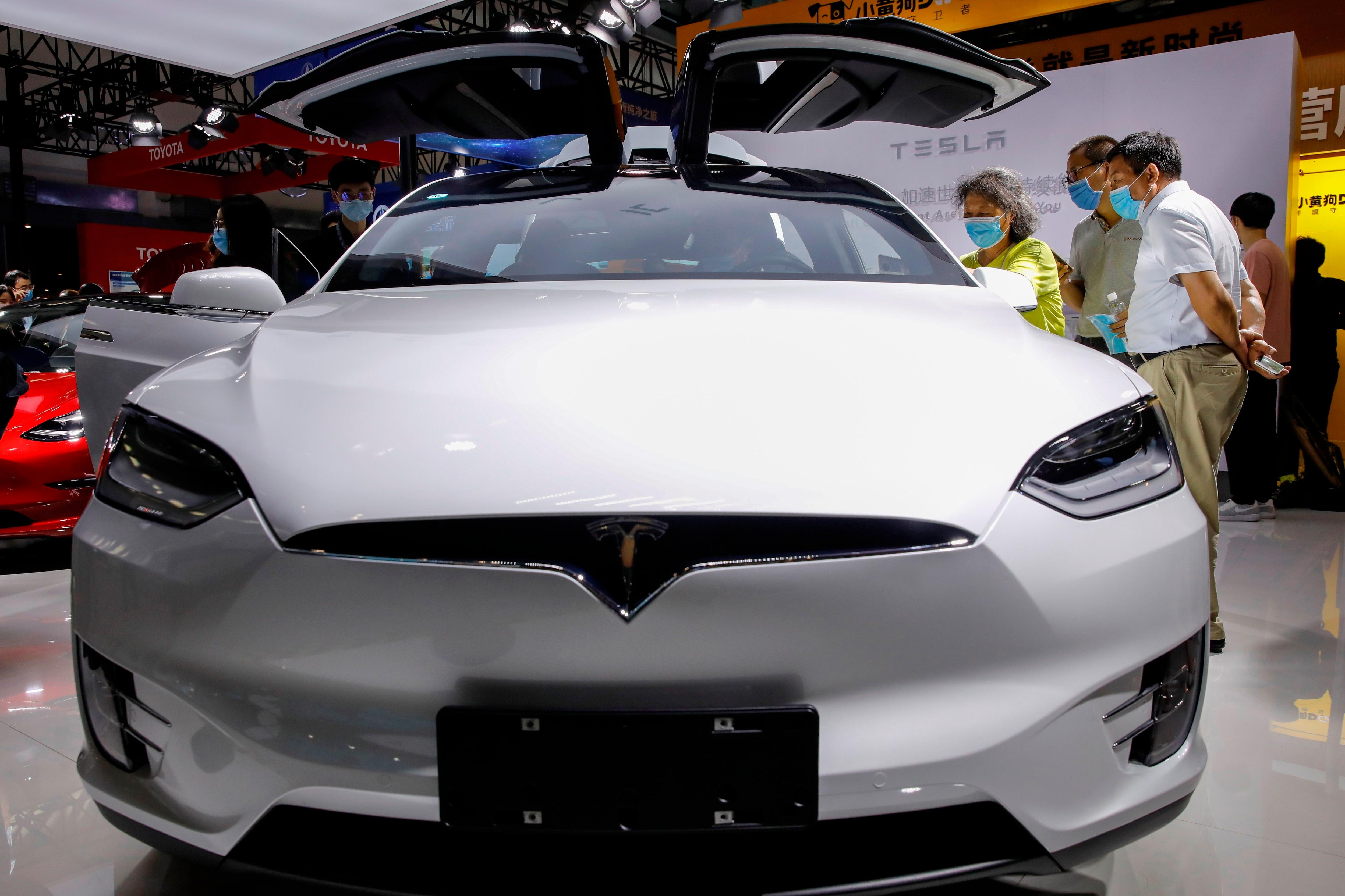 Vista de un vehículo Model X de Tesla (Foto: EFE)