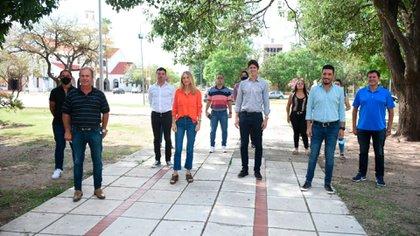 La comitiva encabezada por Martín Lousteau se reunió con dirigentes locales de la UCR de Córdoba.