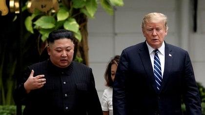 Foto de archivo.  Kim Jong Un y Donald Trump en la cumbre de Hanoi, Vietnam.  28 de febrero de 2019. REUTERS / Leah Millis / Foto de archivo