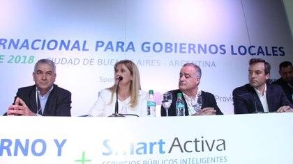 La presidenta de la FAM luego de conocerse su reelección (Prensa Verónica Magario)