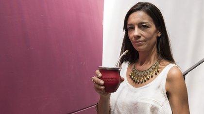 Valeria Trapaga recorre el país desde hace 13 años brindando charlas sobre la yerba mate (Adrián Escandar)