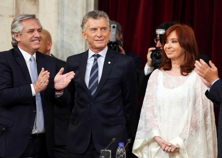 Alberto Fernández, Mauricio Macri y Cristina Kirchner (REUTERS/Agustin Marcarian)