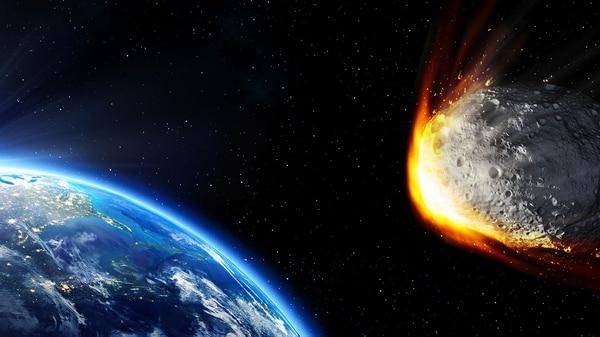 Un pequeño asteroide pasará el jueves muy cerca de la Tierra (Istock)