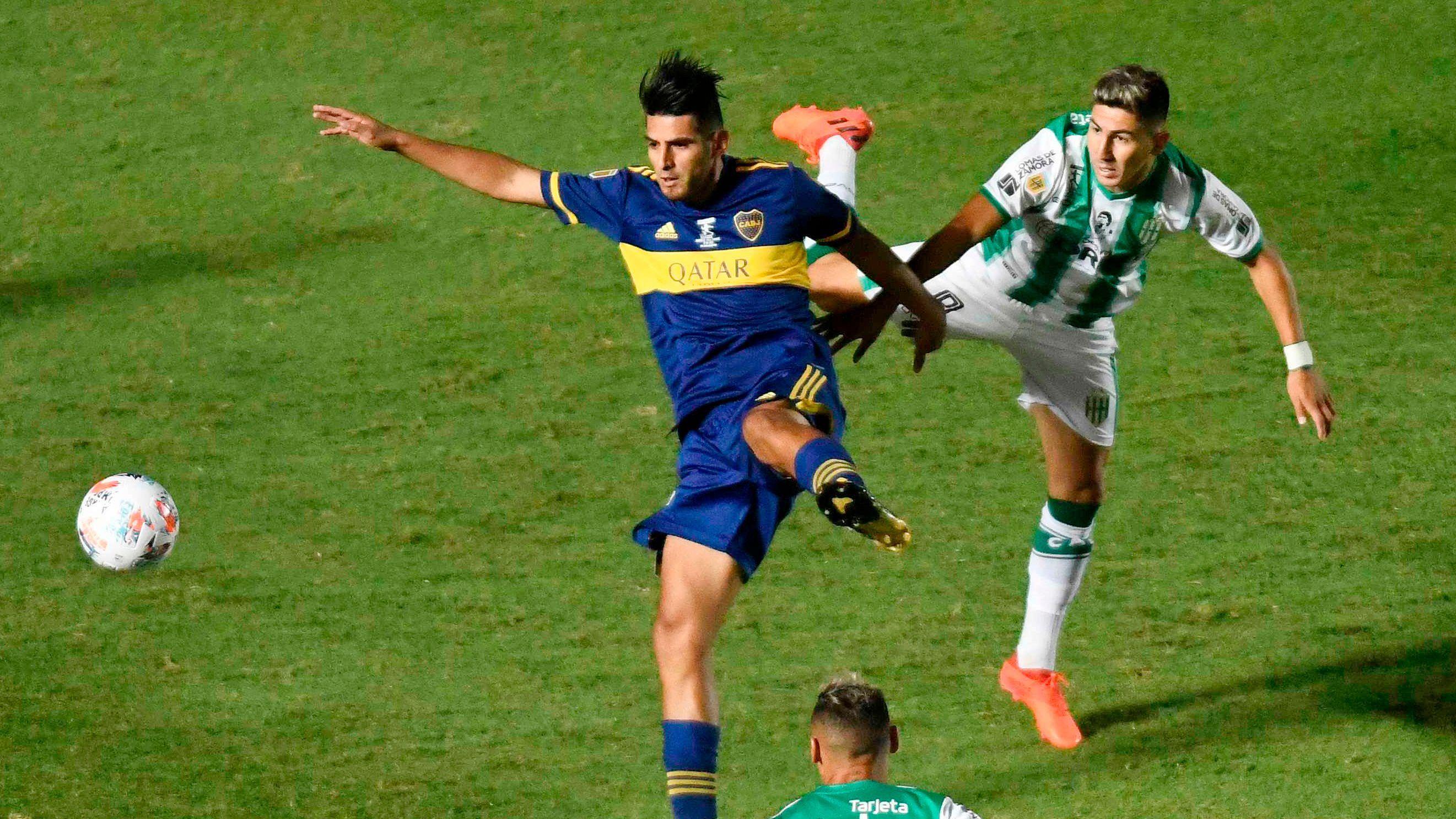 Carlos Zambrano, futbolista de Boca (REUTERS/Andres Larrovere)