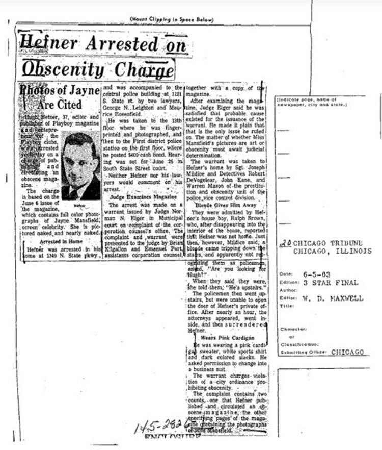 Una de las noticias sobre el fundador de Playboy que figuran en el expediente del FBI