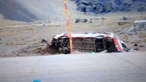 Tres menores de edad fallecieron como consecuencia del accidente (Foto: @JavierSzymanski)