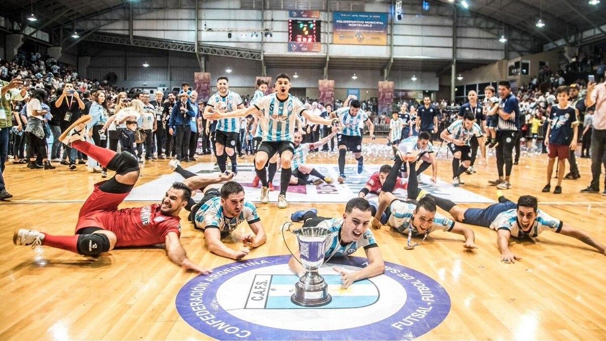 a1557b397335f Argentina es el nuevo campeón mundial de futsal  el saludo de Diego  Maradona a los jugadores - Infobae