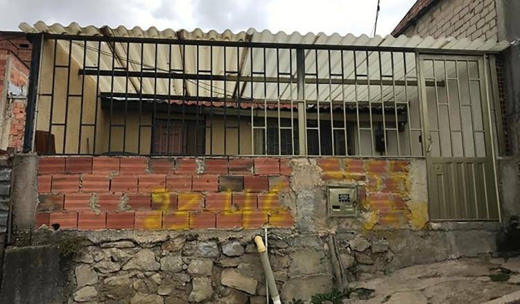 La casa de Soacha donde habrían asesinado y descuartizado a por lo menos tres de los cinco cuerpos hallados este año.