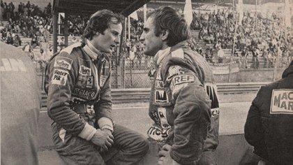 Junto a Carlos Alberto Reutemann. Compartieron equipo en Ferrari. Lole dijo que fue su mejor compañero (Archivo CORSA).