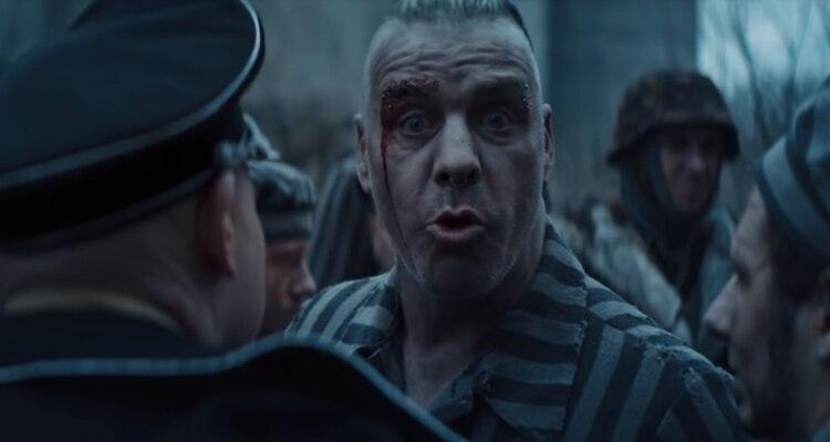 La banda alemana levantó controversia en redes sociales por el lanzamiento de su último video (Foto: Captura youtube – Rammstein Oficial)