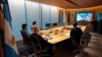 El jefe de gobierno porteño Horacio Rodríguez Larreta ayer compartió una videoconferencia con el alcalde de Madrid