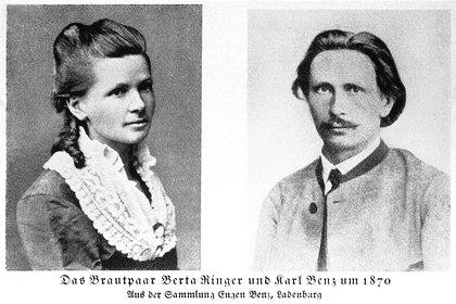 Carl desarrolló el modelo y Bertha lo llevó a la fama con su primer vaije. (Mercedes-Benz)