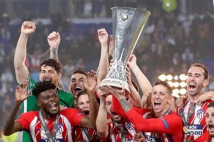 Torres ganó una Europa League en el Atlético de Madrid con Simeone como entrenador (Reuters)