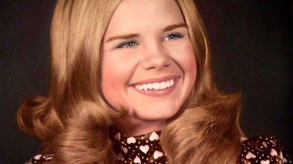 Carla Walker tenía 17 años cuando fue secuestrada, violada y asesinada tras una fiesta de San Valentín en Forth Worth, Texas, en febrero de 1974 (Familia Walker)