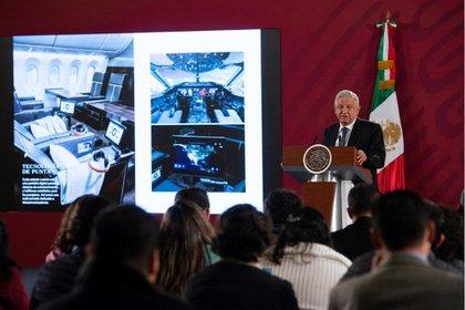 17/01/2020 Andrés Manuel López Obrador junto a imágenes del avión presidencial POLITICA CENTROAMÉRICA MÉXICO INTERNACIONAL PRESIDENCIA DE MÉXICO