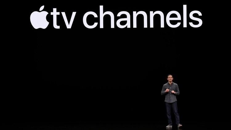 la compañía dio a conocer su nueva app de Apple TV y canales Apple TV que se lanzará en mayo. Esta nueva app permitirá ver deportes, noticias, películas y programas de TV en diferentes dispositivos: desde iPhone hasta Apple TV, pasando por iPad y Mac.(AFP)