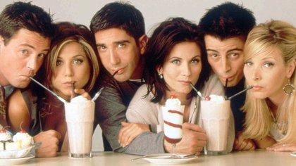 La serie debutó en septiembre de 1994. Matthew Perry fue Chandler; Jennifer Aniston, Rachel; David Schwimmer, Ross; Courteney Cox Arquette, Mónica, Matt Le Blanc,Joey y Lisa Kudrow, Pheobe (Warner Bros.)