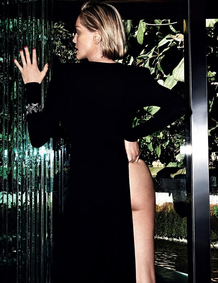 La sensual producción de Sharon Stone para Vogue Portugal