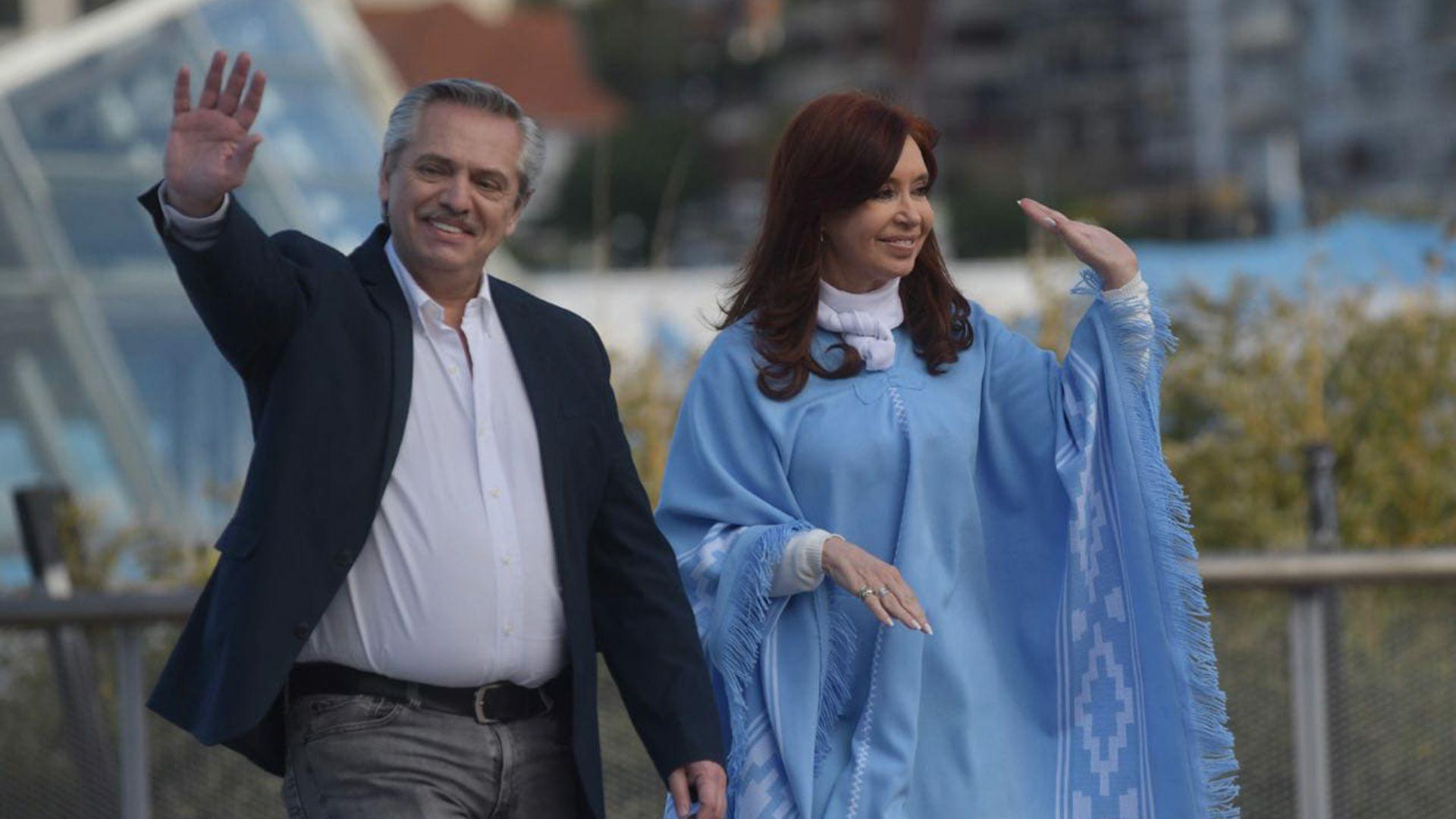 Alberto Fernández y Cristina Fernández de Kirchner en el acto de cierre del Frente de Todos en Mar del Plata