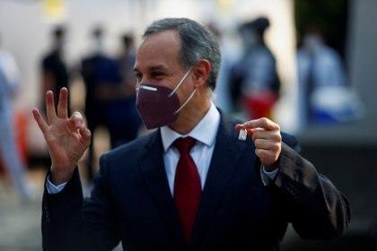 La popularidad de López Gatell no tuvo afectaciones y según la última encuesta de Consulta Mitofsky su aprobación se encuentra en 52.8 por ciento (Foto: REUTERS/Edgard Garrido)