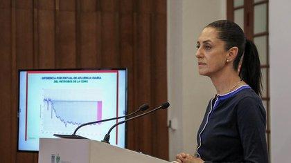 La jefa de Gobierno de la Ciudad de México, Claudia Sheinbaum, participa en una rueda de prensa en Ciudad de México (México). EFE/José Pazos/Archivo